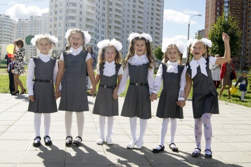 Больше 70% родителей хотели бы видеть в школах дресс-код